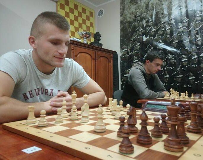 szachy na 100-lecie