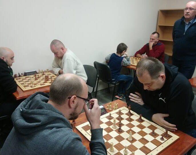 szachy szandurski 2